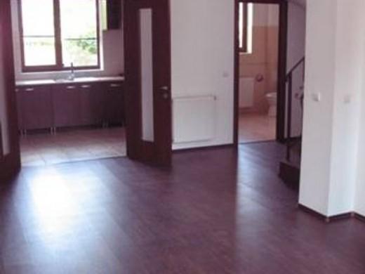 Casa de inchiriat in Bucuresti, 1 Mai - 150 mp, 950 EUR