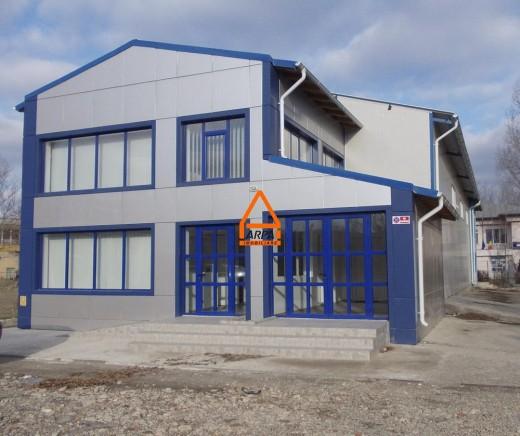 Spatiu industrial de inchiriat in Iasi, Podu Ros, Semicentral - 360 mp, 2400 EUR