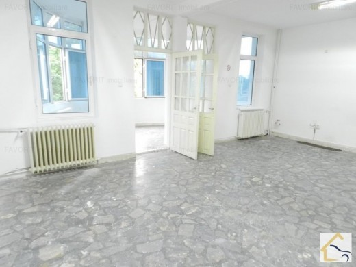 Spatiu comercial de inchiriat in Craiova, Central - 320 mp, 7 euro