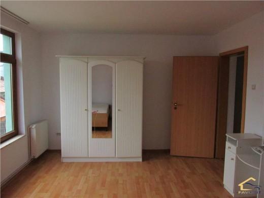 Casa de vanzare in Craiova, N/A - 180 mp, 125000 euro