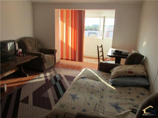 Apartament de vanzare in Craiova, Craiovita Noua - 3 camere, 75 mp, 63900 euro