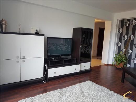 Apartament de inchiriat in Craiova, Central - 3 camere, 91 mp, 550 euro