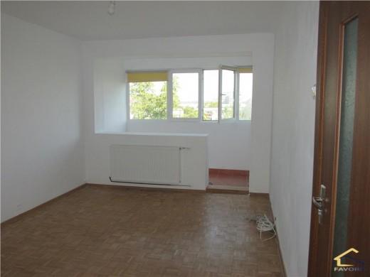 Apartament de vanzare in Craiova, Brazda Lui Novac - 2 camere, 48 mp, 62500 euro